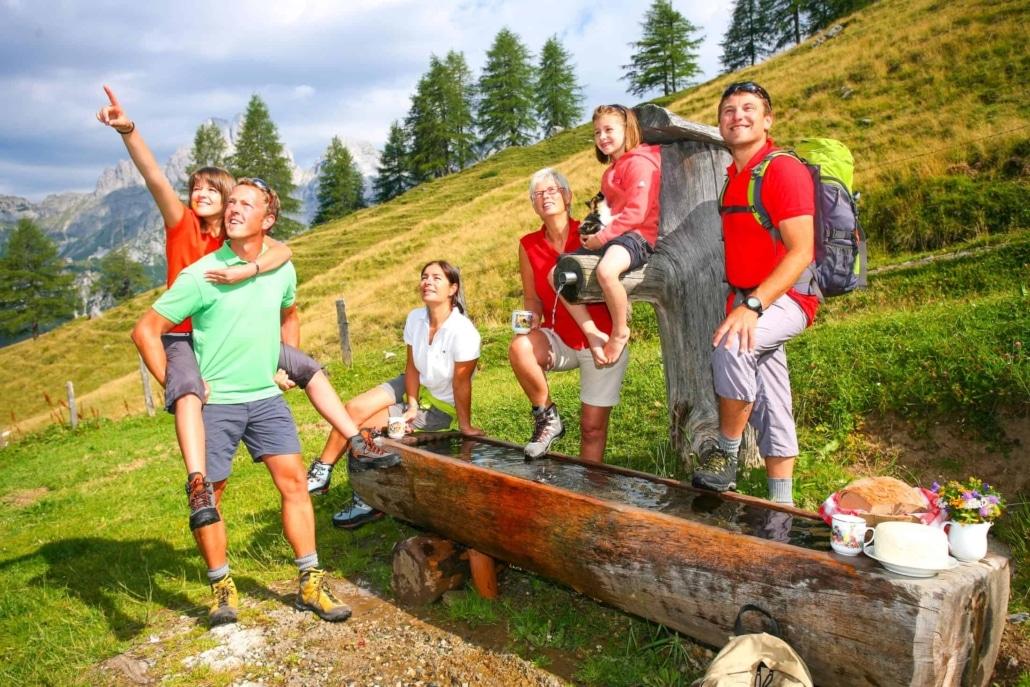 Familien Wanderung zu den schönsten Plätzen in Ramsau am Dachstein