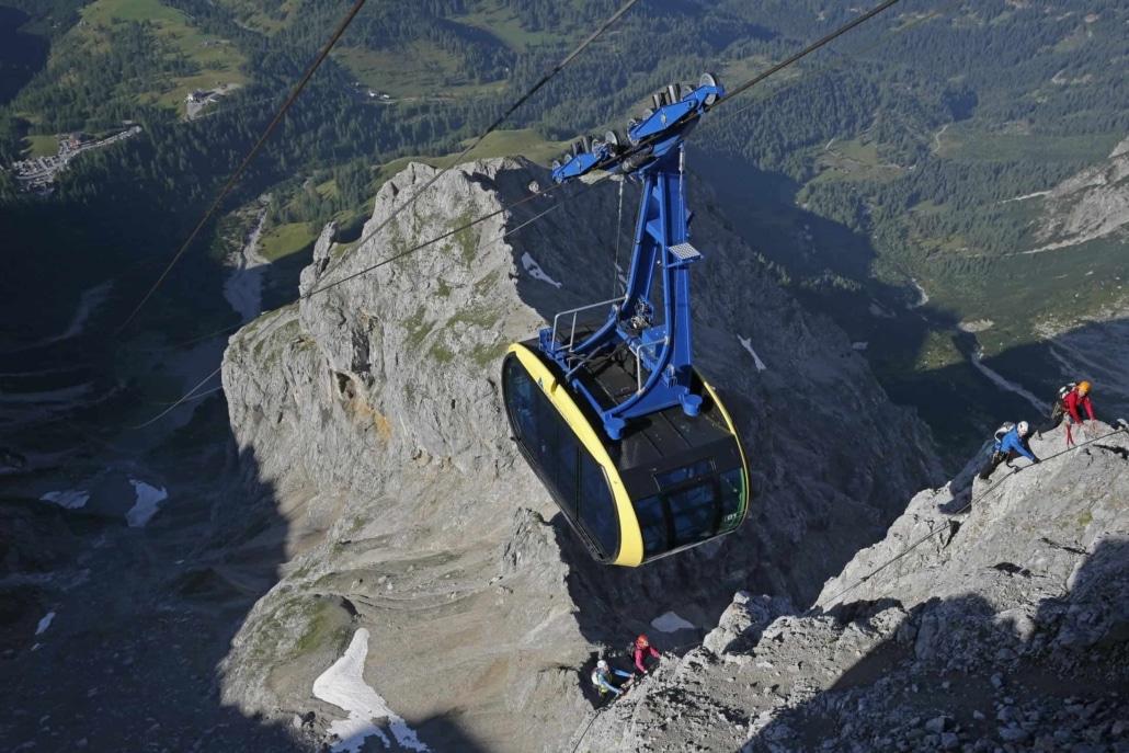Skywalk Klettersteig am Dachstein Massiv