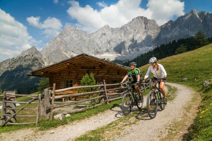 MTB tour in the Alpine pastrures