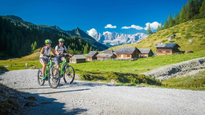 guided e-bike and mountain bike tours - Hotel Matschner