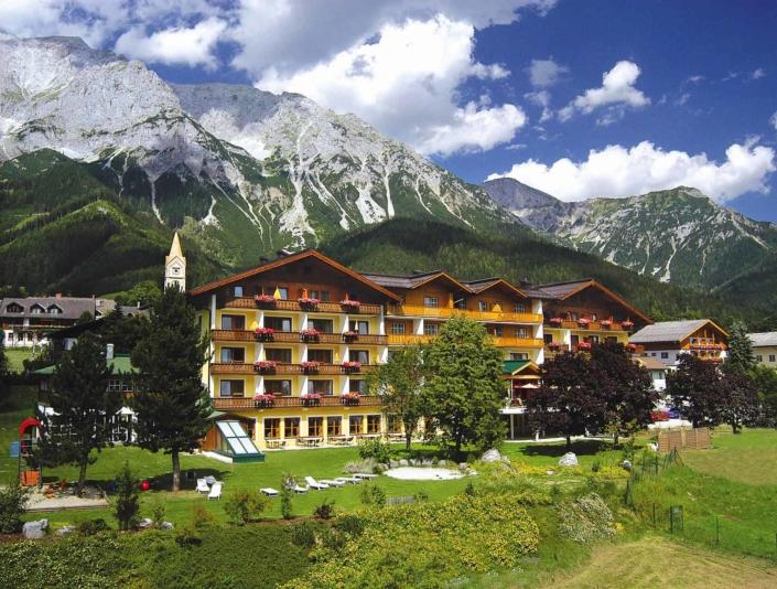 4 star Hotel Matschner in Ramsau am Dachstein