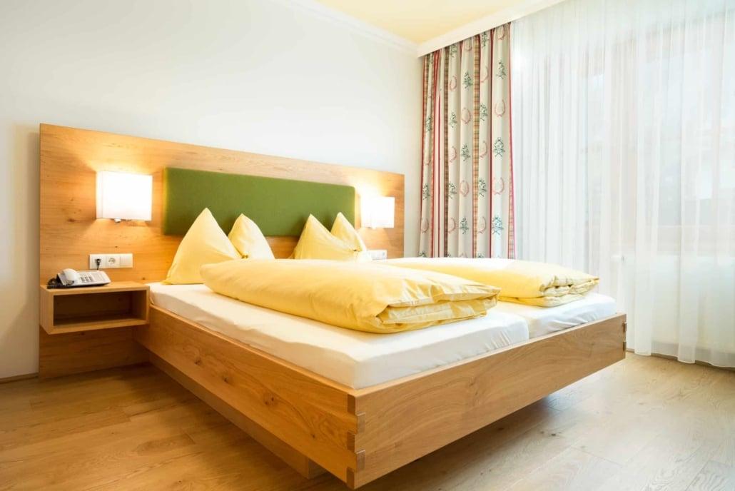 Hotel Matschner Suite Steirerland bedroom